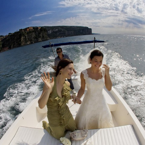 bride coming with the boat