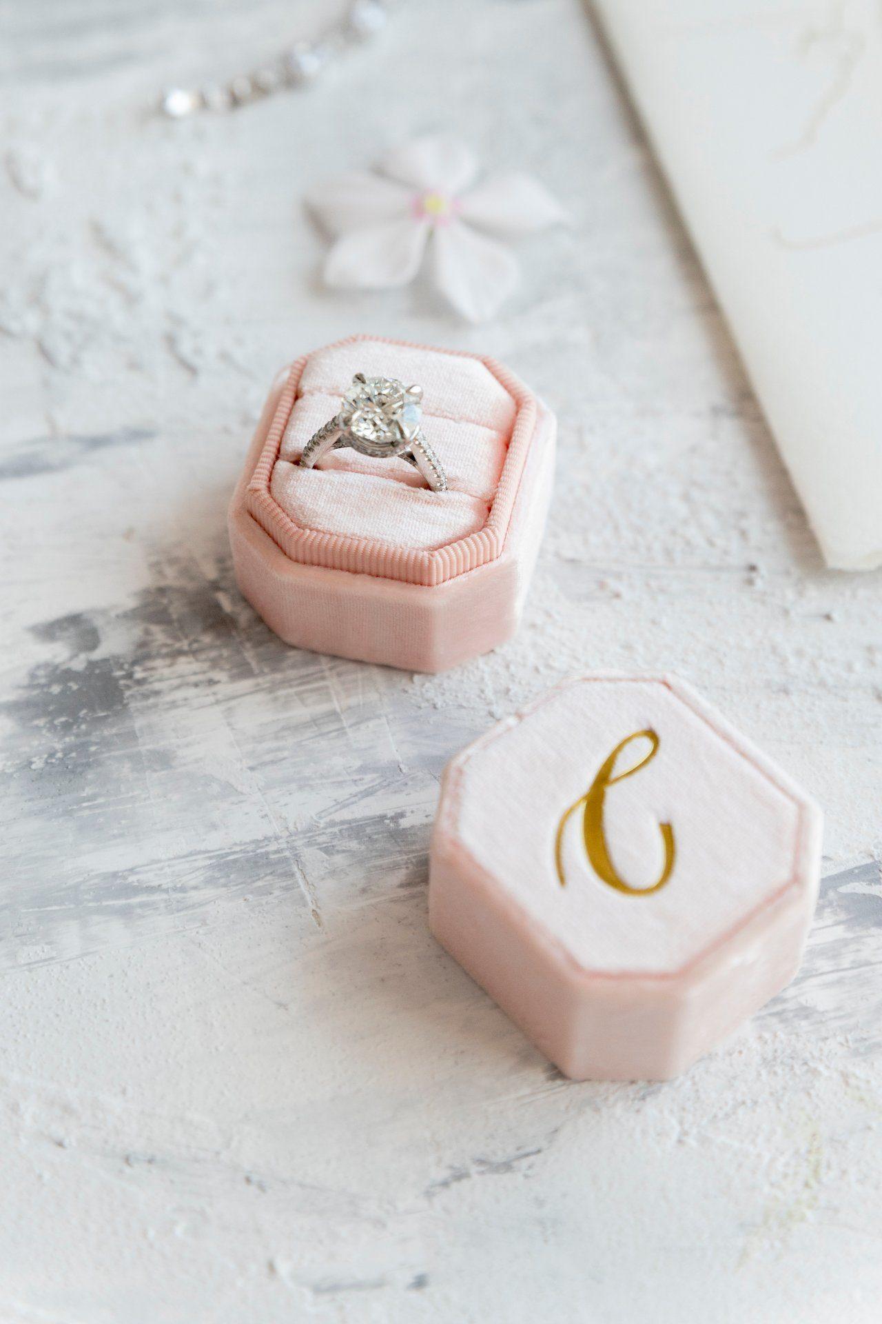 destination-wedding-positano-engement-ring