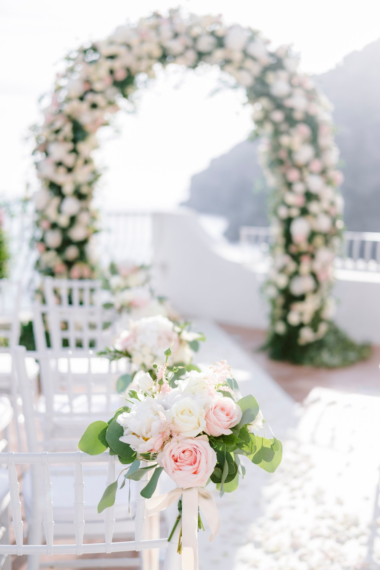 destination-wedding-positano-symbolic-ceremony-chairs-details