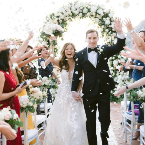destination-wedding-positano-ceremony-confetti