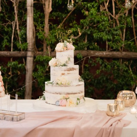 destination-wedding-positano-nude-wedding-cake